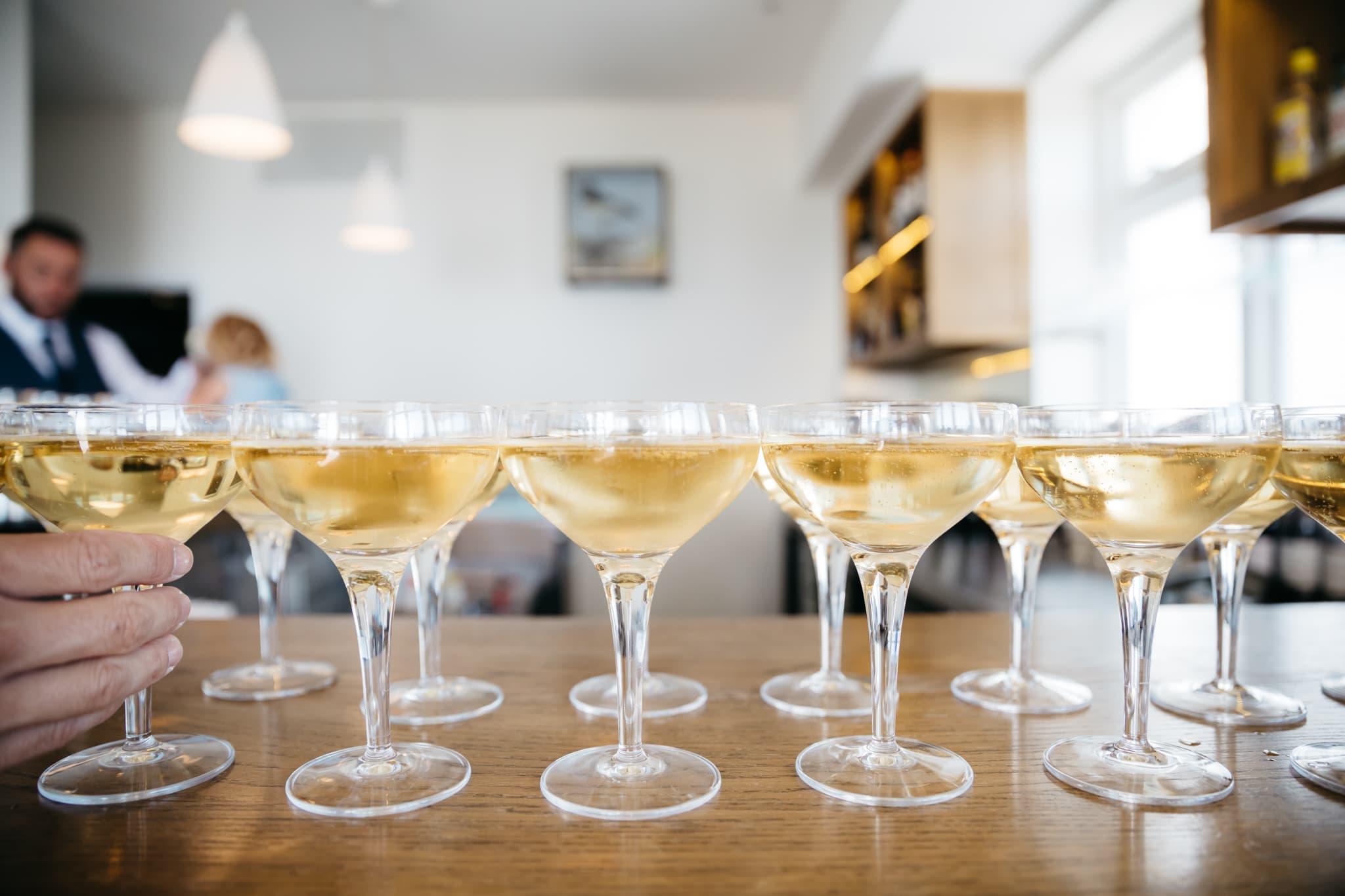 Champagne glasses for wedding